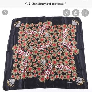 Ruby and pearls Chanel scarf